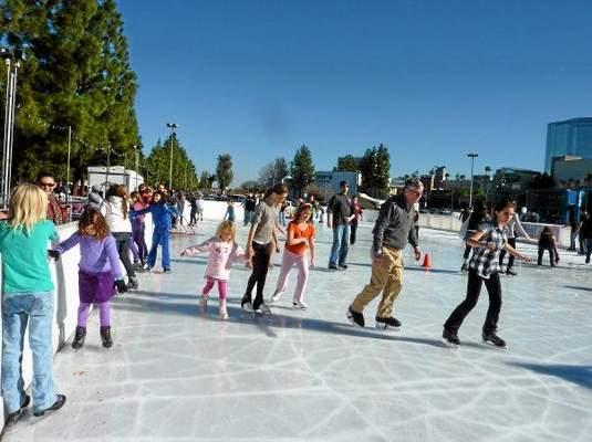 Woodland Hills Ice